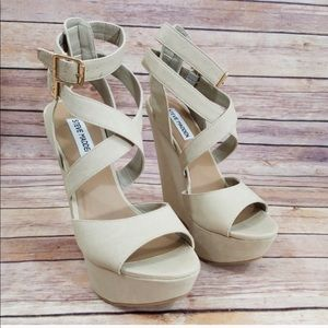 Steve Madden Cream Platform Wedges